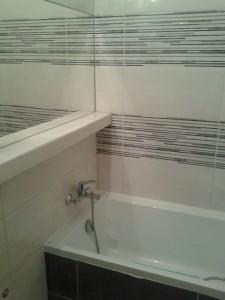 kafelkarz Gdańsk - kompleksowy remont łazienki, wymiana instalacji hydraulicznej i elektrycznej